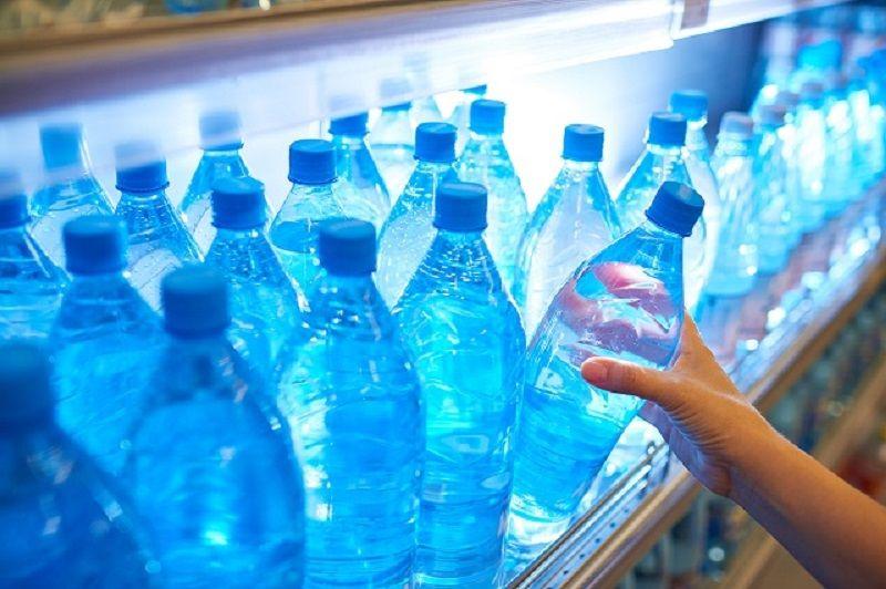 Bảo quản nước ion kiềm trong tủ lạnh sẽ giúp kéo dài thời gian sử dụng của nước