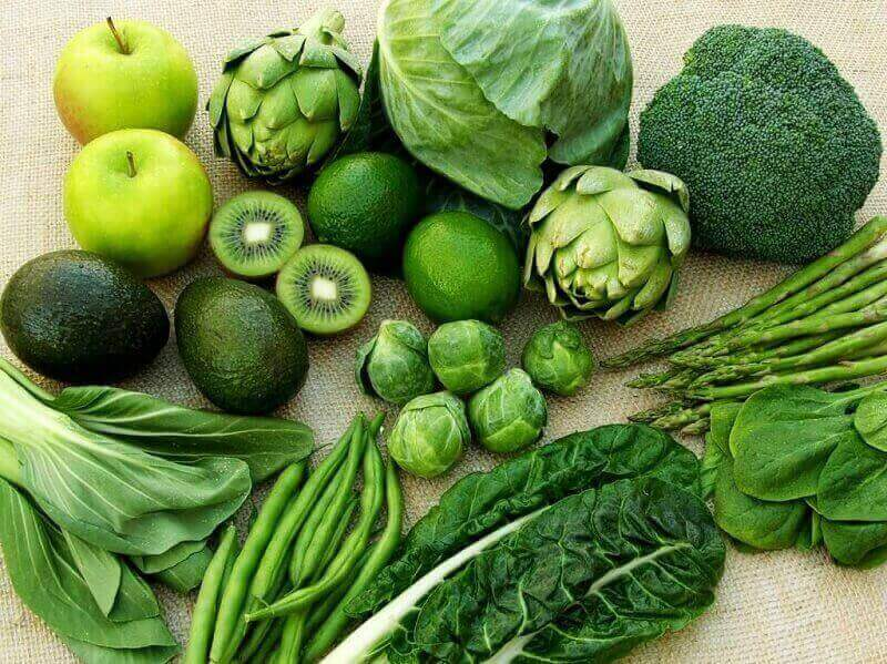 Các loại rau họ cải và rau xanh lá có tính kiềm cao nhằm cân bằng độ pH trong cơ thể