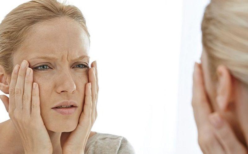 Tia UV trong ánh nắng mặt trời có thể ngăn cản sự tái tạo collagen và elastin dưới da