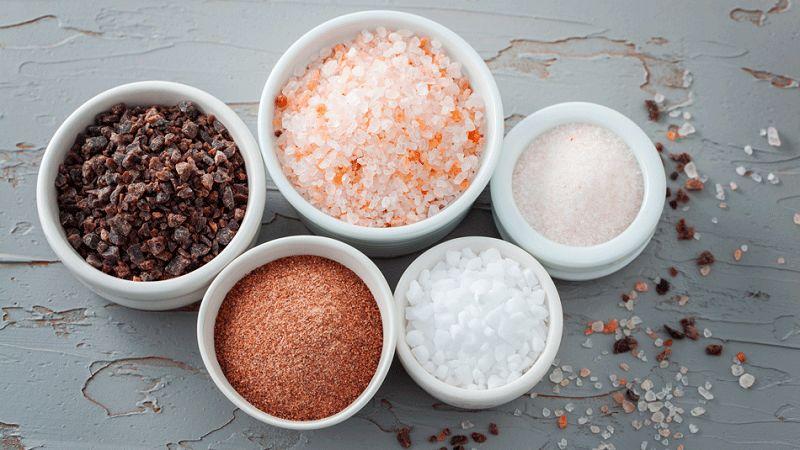 Muối ăn có tính chất trung tính, trong khi đó một số loại muối khác lại có tính kiềm và axit