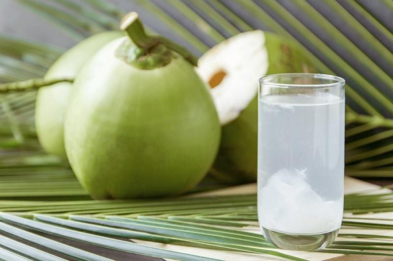 Lý giải nước dừa có tính kiềm hay axit và giải pháp thay thế hoàn hảo nhất hiện nay