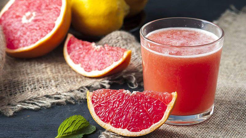 Nước ép bưởi làm giải nhanh cơn say và hạn chế nguy cơ ngộ độc rượu
