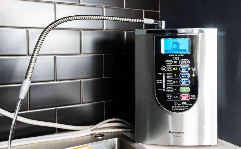 Máy lọc nước Panasonic TK – AS66 có thiết kế nhỏ gọn, tinh tế