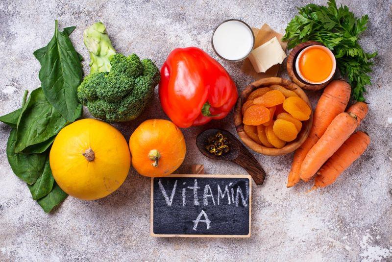 Trong chế độ dinh dưỡng mẹ bầu nên chú ý bổ sung các vitamin cần thiết cho hệ miễn dịch