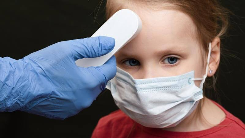 Cần lưu ý những gì khi lựa chọn thuốc tăng sức đề kháng đường hô hấp cho trẻ?