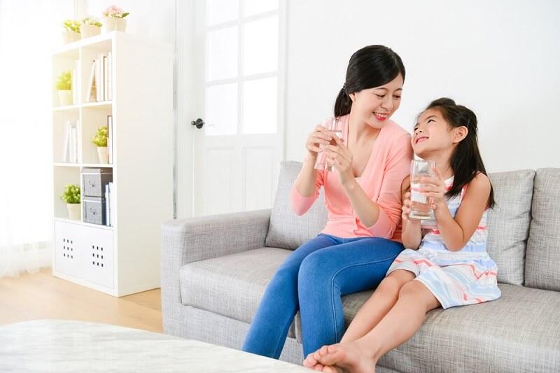 Giải pháp thay thế an toàn và hiệu quả cao với nước ion điện giải giúp mang lại sức khỏe cho cả gia đình