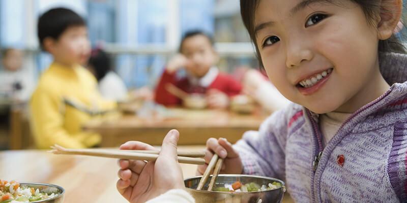Mỗi lứa tuổi lại có nhu cầu cần bổ sung Natri ở hàm lượng quy định