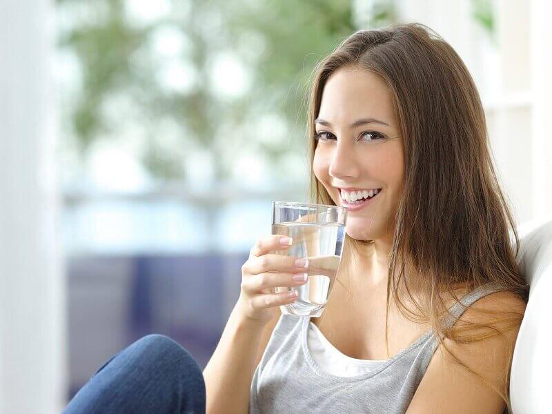 Uống nước ion kiềm mỗi ngày giúp bù khoáng tự nhiên cho cơ thể
